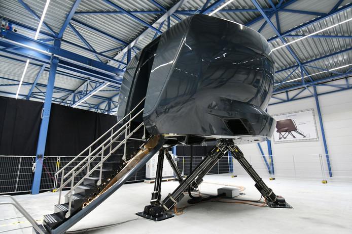 De nieuwe Phantom 320 van Avion Simulators. Door de modulaire bouw kan de vluchtsimulator overal in een handomdraai worden neergezet.