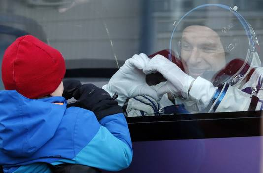 Astronaut David Saint-Jacques toont zijn liefde voor het vertrek naar de ruimte.