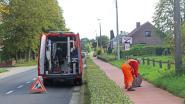 Na drie weken geurhinder in Brusselstraat: Farys en gespecialiseerd bedrijf kuisen riolering