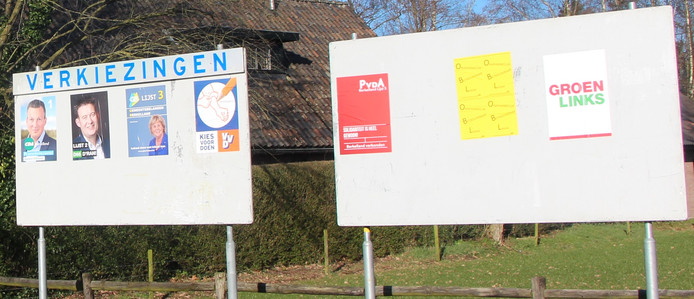 Berkellandse verkiezingsaffiches aan de Haaksbergseweg in Neede.