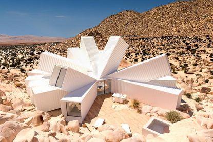 Dit huis ziet er al ongelofelijk sensationeel uit. Maar wacht tot je het vanbinnen ziet