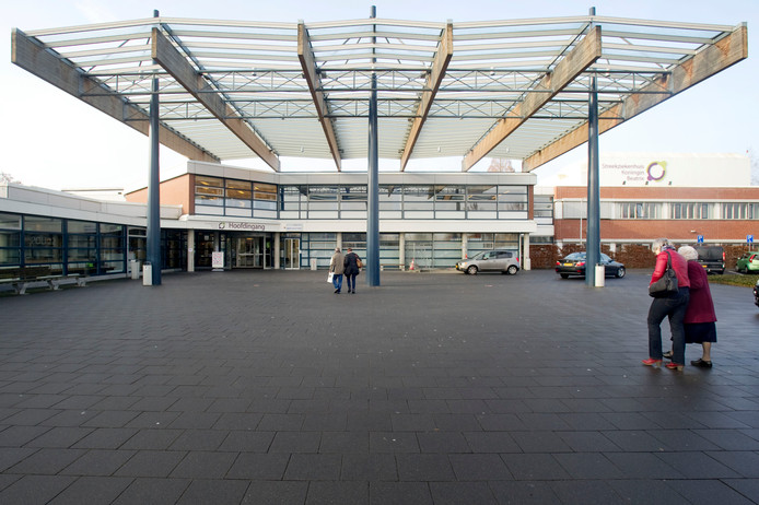 De entree van het Streekziekenhuis Koningin Beatrix (SKB) in Winterswijk.