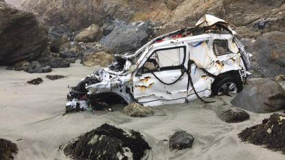 Vrouw (23) die crash van klif overleefde, toont foto's van zwaar beschadigde Jeep