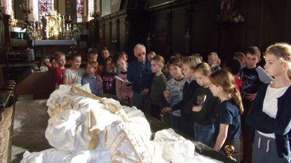 Vijfdeklassers leren over heilige Livinus