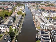 Nóg een brug over Oude Rijn in hartje Alphen? Stadsgids Ton krijgt bijval, maar niet van iedereen