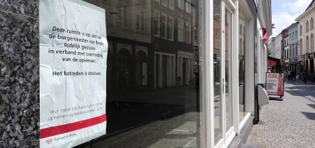 Ondernemers Lange Brugstraat willen af van drugsposter gemeente