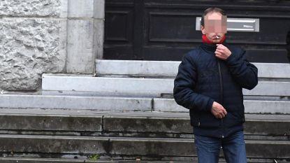Voyeur liet regelmatig camera zakken om onderbuurvrouw te filmen