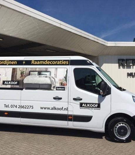 Wagen met meubels van woonwinkel Alkoof uit Borne gestolen