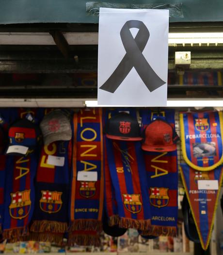 Barcelona-spelers staan stil bij aanslagen
