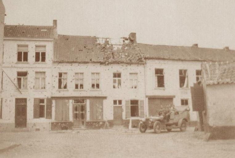 Een beschoten woning in de Hoveniersstraat in Aalst.