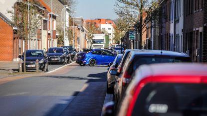 Straks bewonerskaart om te parkeren in Stationsstraat?