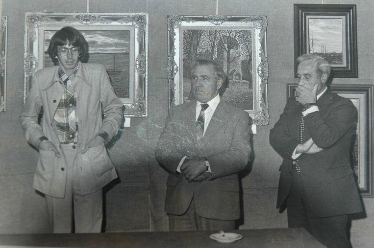 Een foto uit de oude doos, met links Lieven Demedts, Albert Holvoet en Marcel Bonte bij de opening van een kunsttentoonstelling.