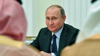 """Poetin: """"Russische vrouwen mogen tijdens WK seks hebben met buitenlandse toeristen"""""""