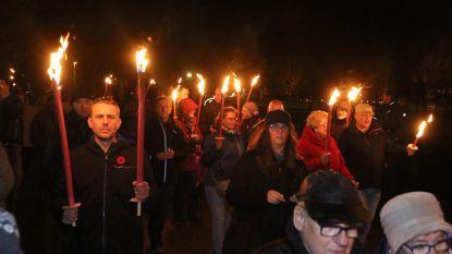 Fakkels voor vrede op Passchendaele Ceremony