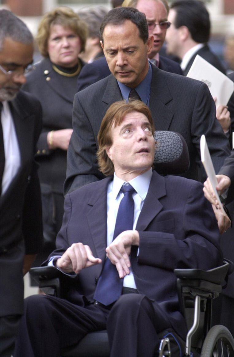 John Paul Getty III in 2003,  bij de begrafenisplechtigheid van zijn vader.