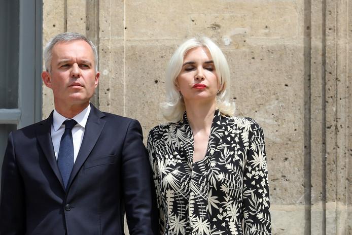 François de Rugy et son épouse Séverine Servat lors de la passation de pouvoir.