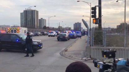 Politie schakelt schutter uit bij ziekenhuis in Chicago