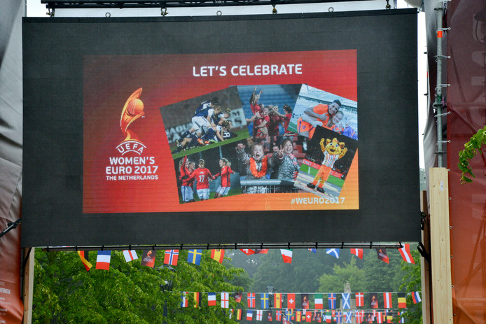 WEURO 2017, Fanzone Willemstraat Breda.