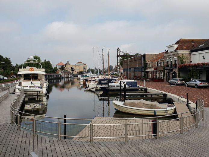 Foto van de haven van Steenbergen gemaakt door Rijan van Leest conform tarieven De Persgroep Nederland.