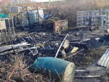 Volkstuinvereniging staat (weer) voor een raadsel na nieuwe vernielingen en brand