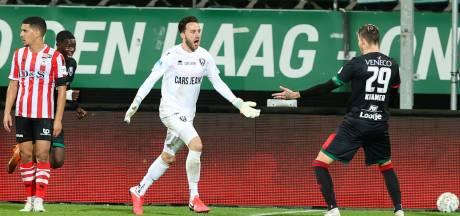 ADO-doelman Koopmans scoort tegen Sparta: 'Dit gebeurt één keer in je carrière'