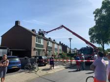 Brandweer treft wietkwekerij aan bij zolderbrand in Druten, politie houdt verdachte aan