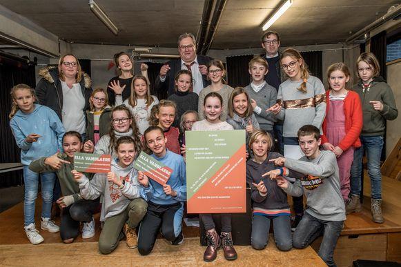 Roeselare - Junior Stadsdichter Ella Vanblaere ontving haar prijs tijdens de dictieles in het STAP
