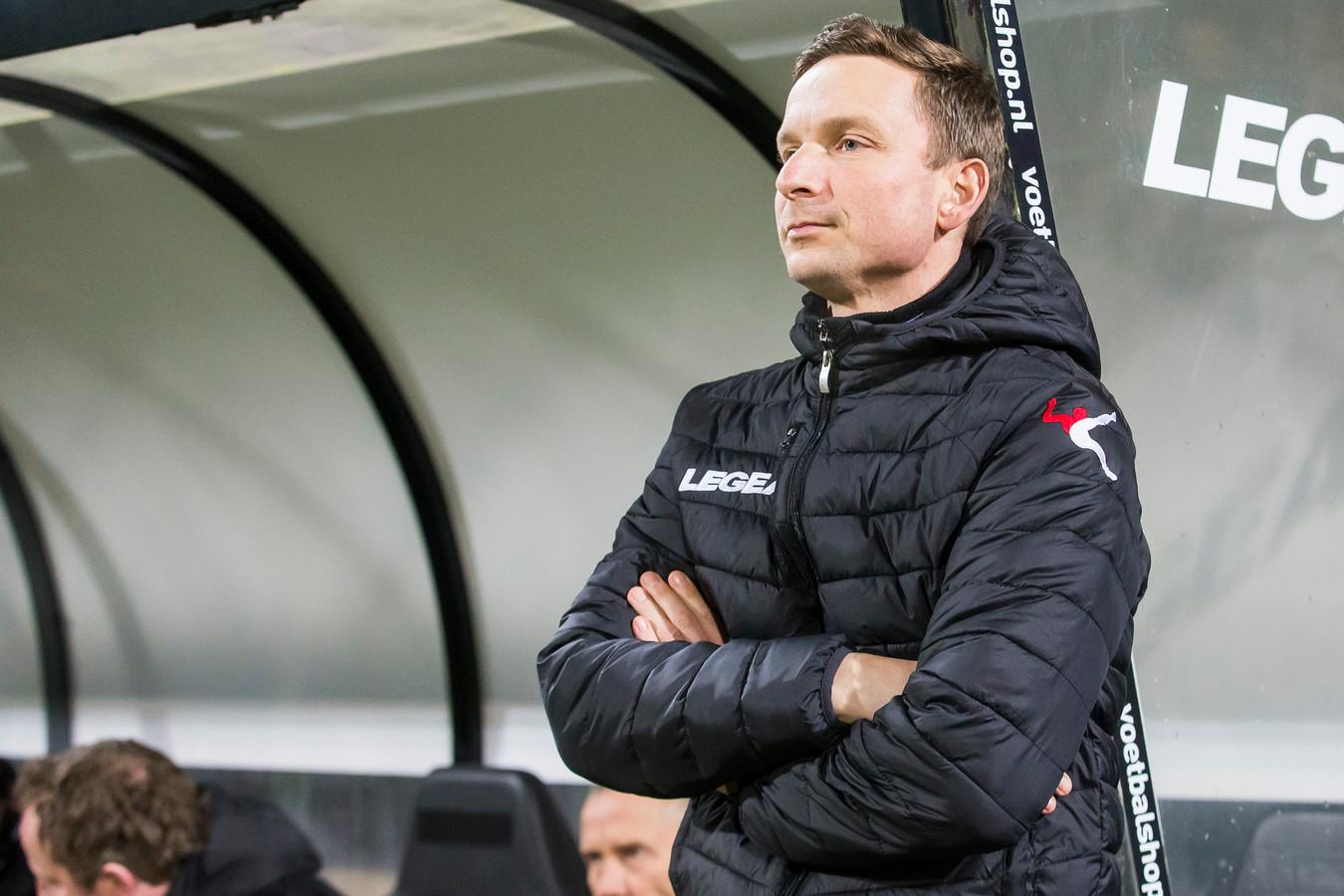 Trainer Pepijn Lijnders van NEC.