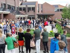 Verdachte aangehouden na inrijden op gemeentehuis Harderwijk: 'Alle schijn van bewuste actie'