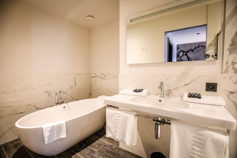 De stijlvolle badkamer.