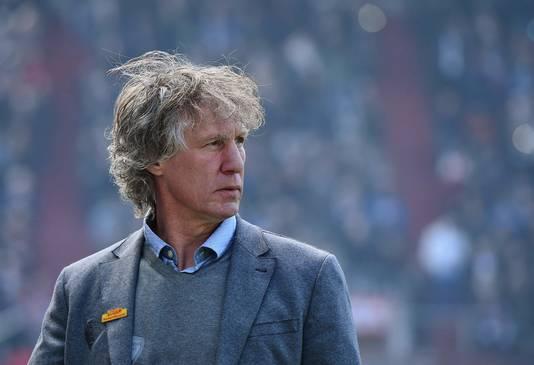 Gertjan Verbeek als trainer van VfL Bochum.