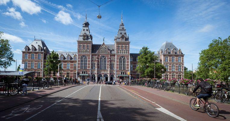 Het Rijksmuseum in Amsterdam.  Beeld null
