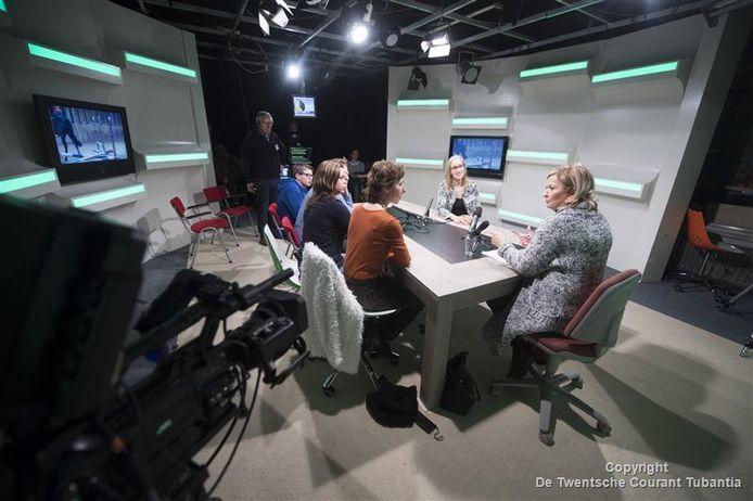 Hellendoorn Omroep Interactief (HOi) moet het met nog minder subsidie van de gemeente Hellendoorn zien te rooien.