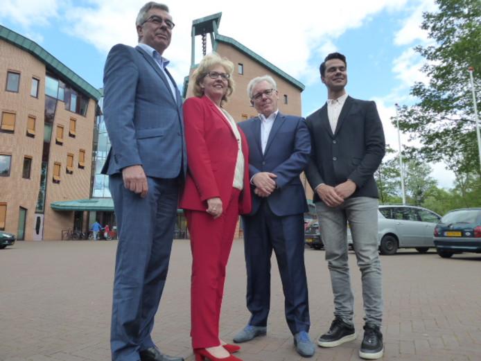 De vier nieuwe wethouders in Sint-Michielsgestel zijn geïnstalleerd.