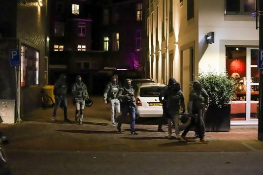 Het arrestatieteam in Nijmegen.