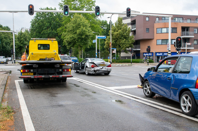 Botsing op de Ringbaan in Tilburg