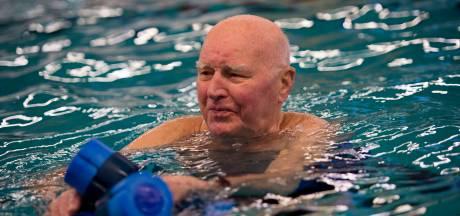 Aquajoggen houdt Meneer Jo (94) uit Apeldoorn topfit