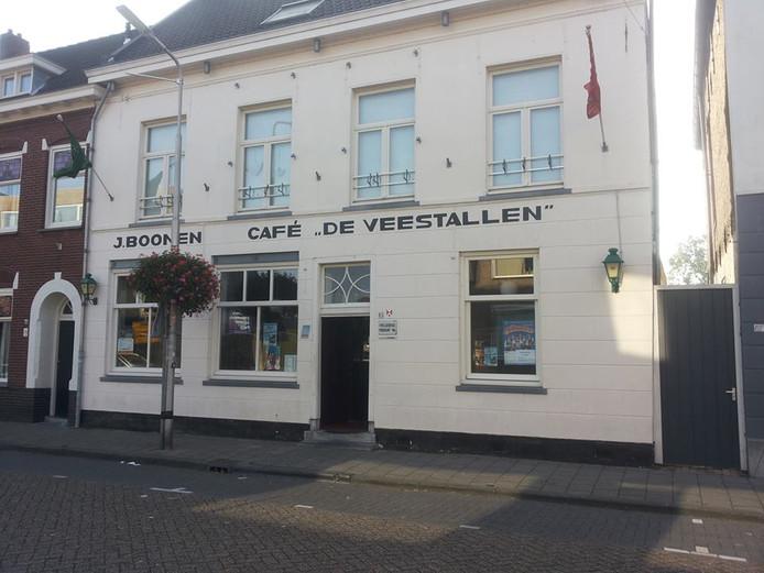 Café  De Veestallen is één van de bekendste cafés in Roosendaal op de Kade. foto Café De Veestallen