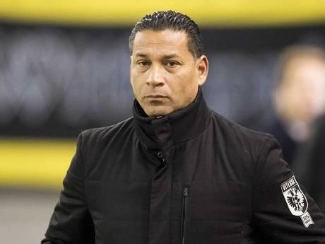 Trainer Henk Fraser stopt na dit seizoen bij Vitesse
