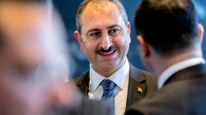 Ankara veroordeelt Amerikaanse sancties tegen Turkse ministers om vastgehouden dominee