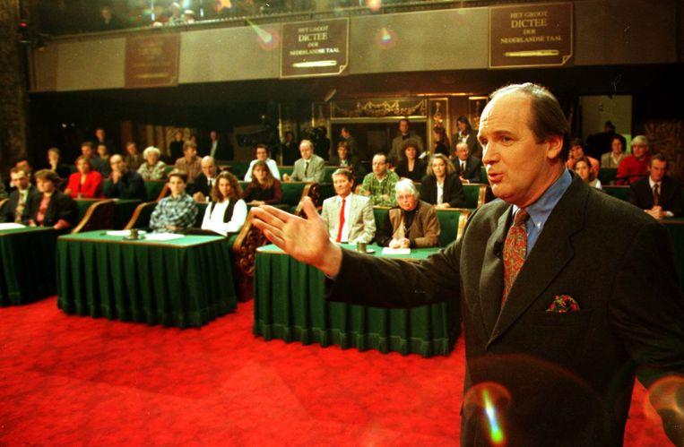 Philip Freriks bij het Dictee van 1995. Beeld ANP