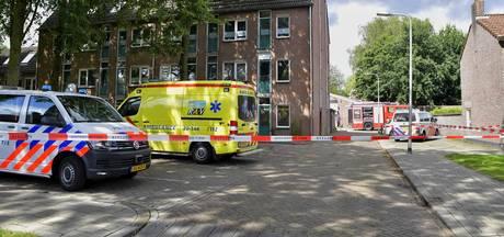 Persoon verschanst zich in appartement Tilburg; arrestatieteam aanwezig