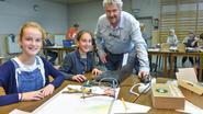 Leerlingen De Regenboog programmeren eigen robots