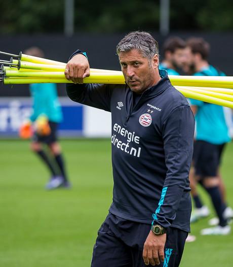Ruud Brood blijft aan  bij PSV en tekent seizoen bij