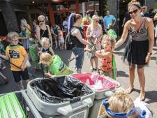 Schoonmaakactie in Enschede met monsters én helden