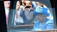 'Queen Elizabeth geeft autorijden op openbare weg op'