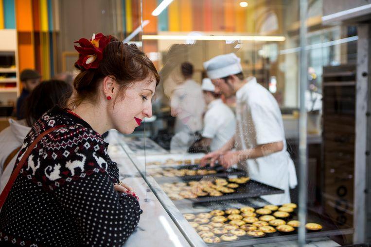 Regula kanhaar geluk niet op in eenpastéis-de-nata-bakkerij.