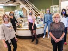 Mondkapje rukt snel op in Apeldoornse winkels