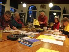 Bezoekers Amnesty-schrijfmiddag hopen op spoedige vrijheid voor gewetensgevangenen