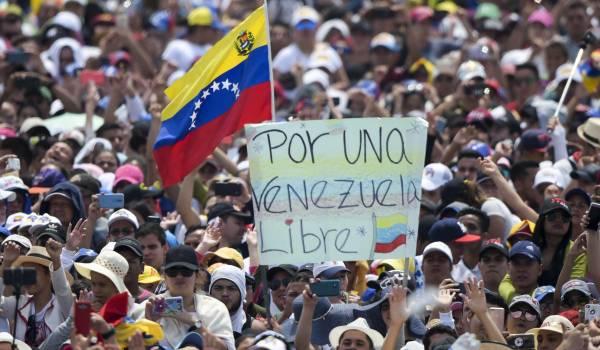Publiciteitsoorlog Venezuela naar kookpunt